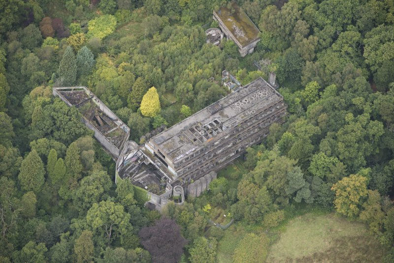 Oblique aerial view of St Peter's College, looking N.
