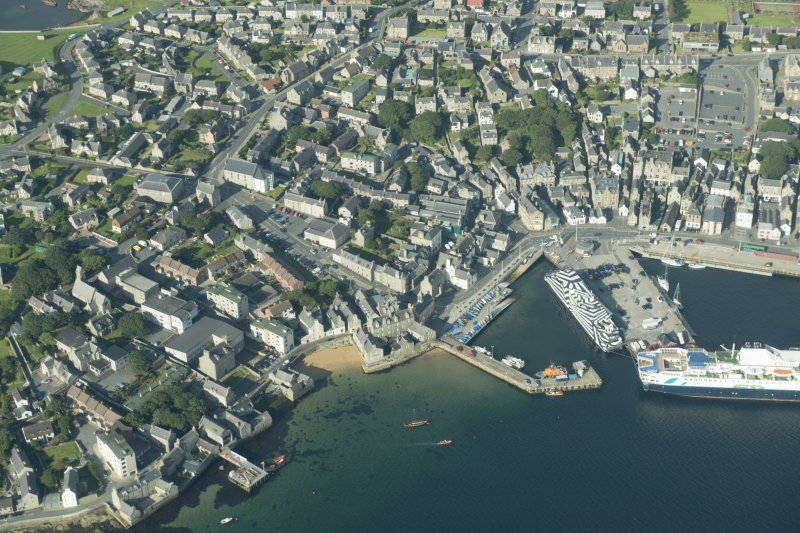 Oblique aerial view of Lerwick Harbour, looking W.