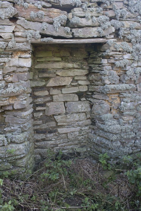 Tafts, Quendal, fireplace in SW gable.