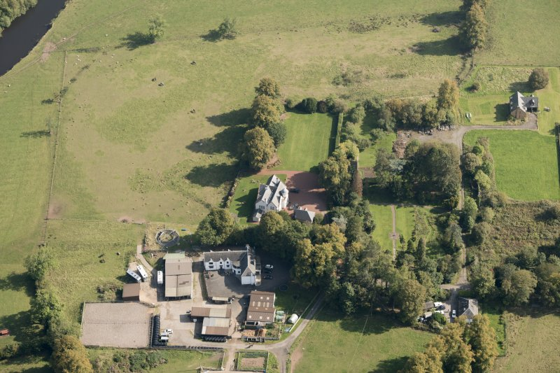 Oblique aerial view of Kilmaronock Castle and Kilmaronock House, looking ENE.