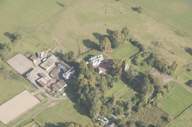 Oblique aerial view of Kilmaronock Castle and Kilmaronock House, looking NNE.