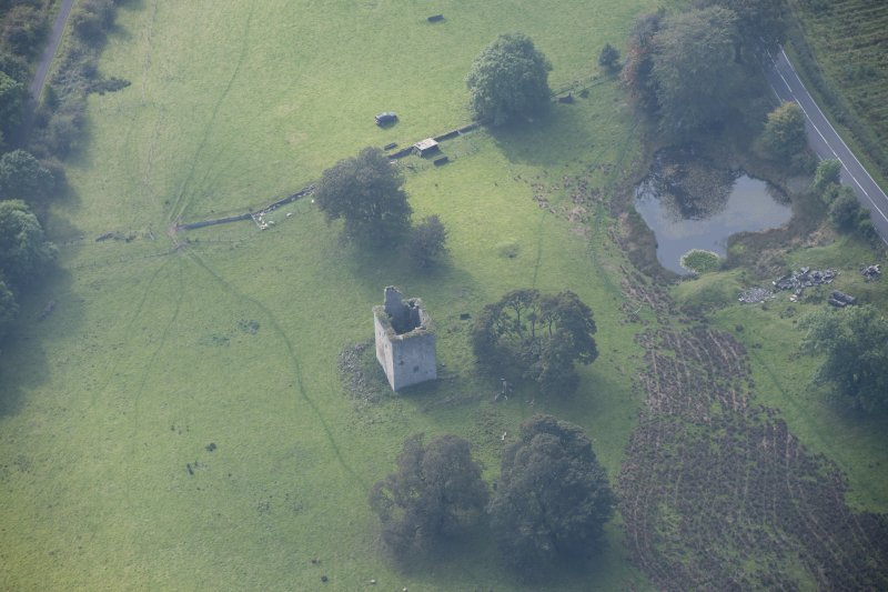 Oblique aerial view of Barr Castle, looking SW.