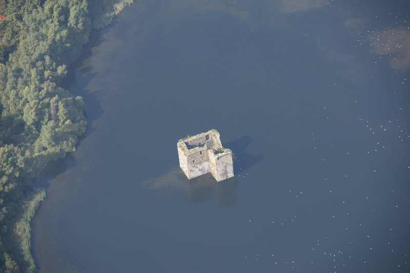 Oblique aerial view of Stanely Castle, looking NW.