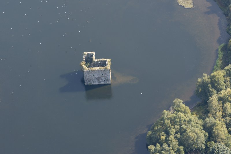 Oblique aerial view of Stanely Castle, looking SE.
