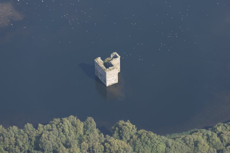 Oblique aerial view of Stanely Castle, looking ENE.