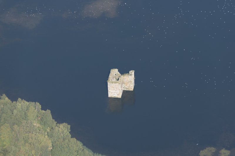 Oblique aerial view of Stanely Castle, looking NNE.