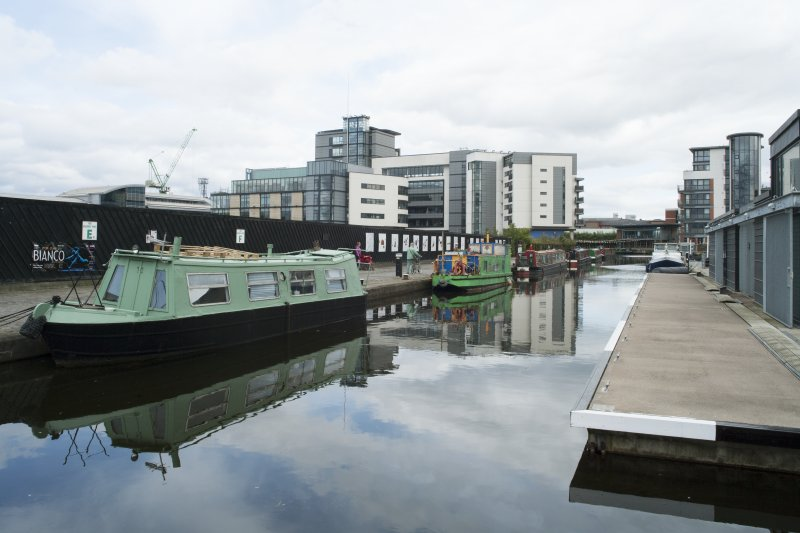 General view of the New Lochrin Basin, Union Canal, Edinburgh, taken from the west.