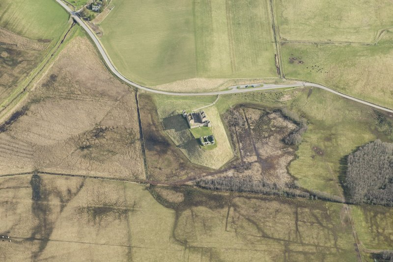 Oblique aerial view of Ruthven Barracks, looking SE.