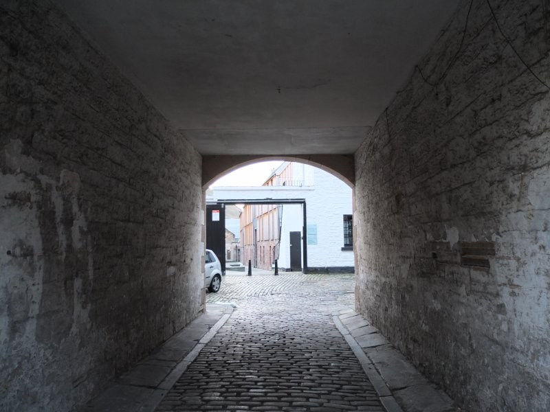 View from north, Sugarhouse Close, vennel