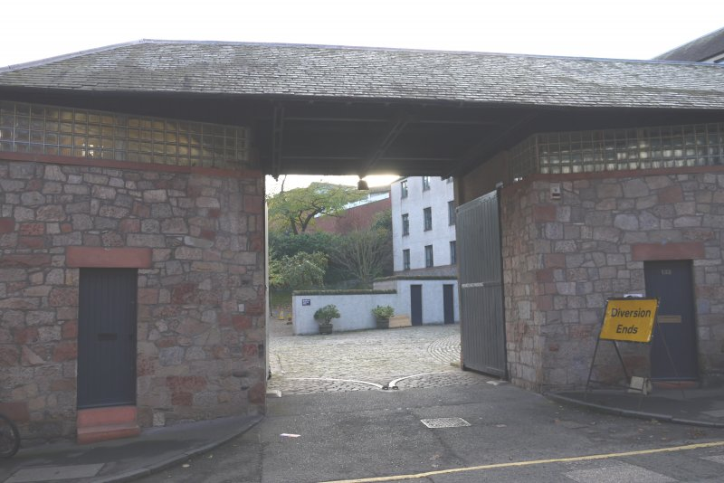 View of gateway to courtyard at converted former Maltings, 136-138 Calton Road, Edinburgh.