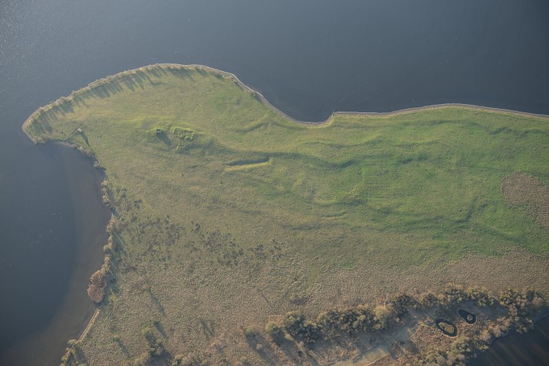 Oblique aerial view of St Serf's Island centred on the Priory Church, looking SSW.