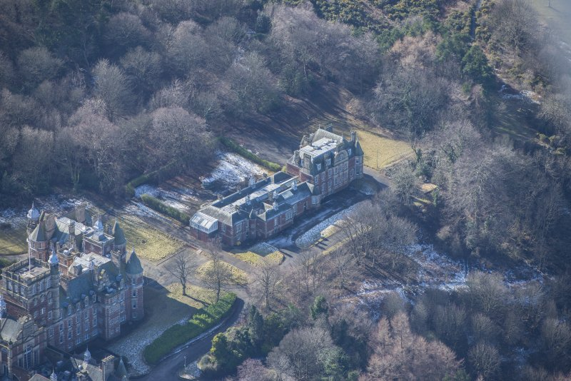 Oblique aerial view of Queen's Craig House, looking W.