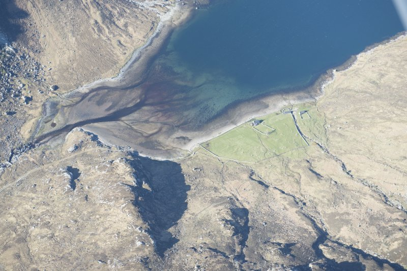 Oblique aerial view of a fish trap at the head of Loch Glendhu, looking SW.