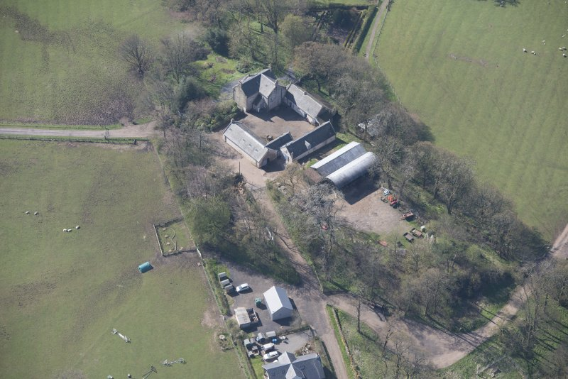 Oblique aerial view of Wester Kittochside Farm, looking SW.