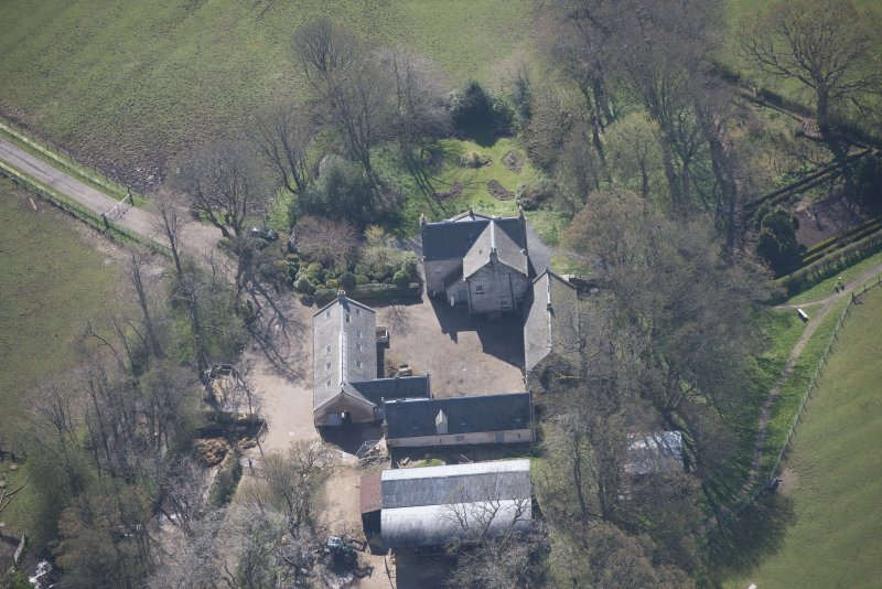 Oblique aerial view of Wester Kittochside Farm, looking S.