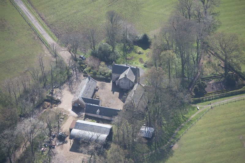 Oblique aerial view of Wester Kittochside Farm, looking SSE.