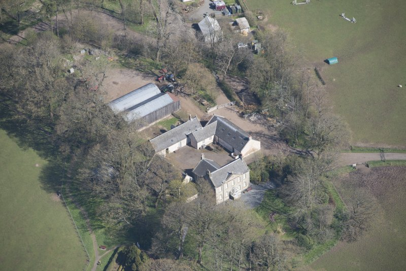 Oblique aerial view of Wester Kittochside Farm, looking N.