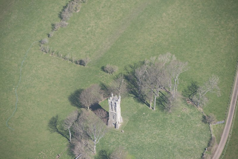 Oblique aerial view of Wallace's Monument, looking NE.