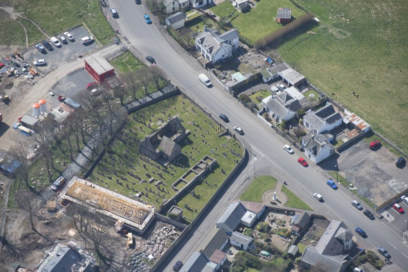 Oblique aerial view of Monkton Old Parish Church and cemetery, looking SSW.