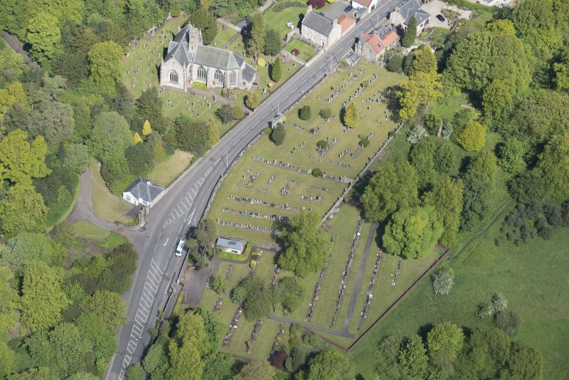 Oblique aerial view of Mid Calder Parish Church, looking NNW.