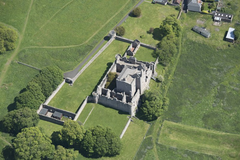 Oblique aerial view of Craigmillar Castle, looking ENE.