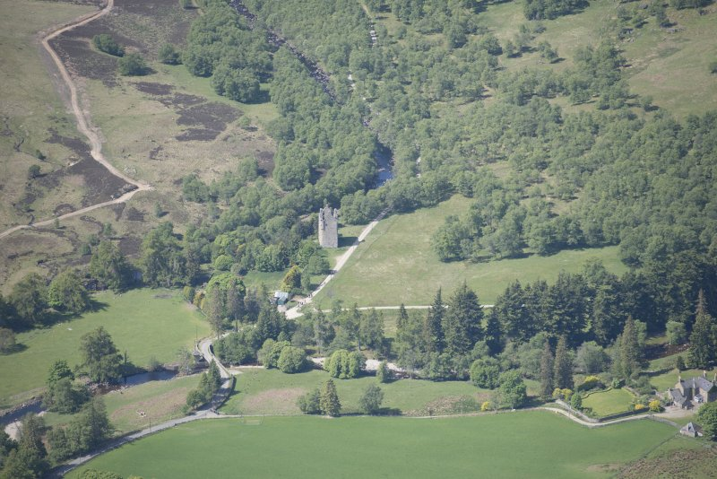 Oblique aerial view of Invermark Castle, looking W.
