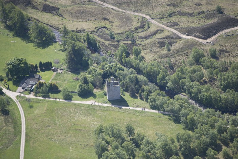 Oblique aerial view of Invermark Castle, looking SSE.