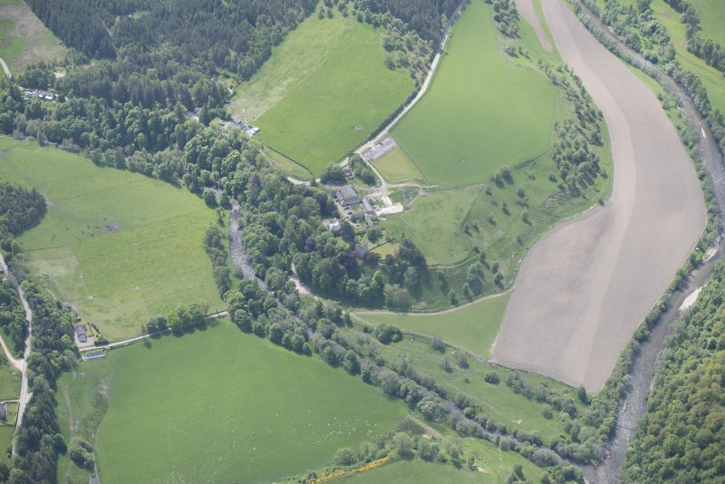 Oblique aerial view of Drumin Castle and Drumin Farmstead, looking S.