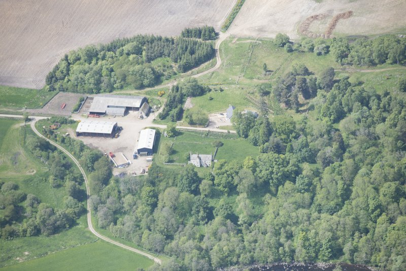 Oblique aerial view of Kilnmaichlie House and farmstead, looking W.