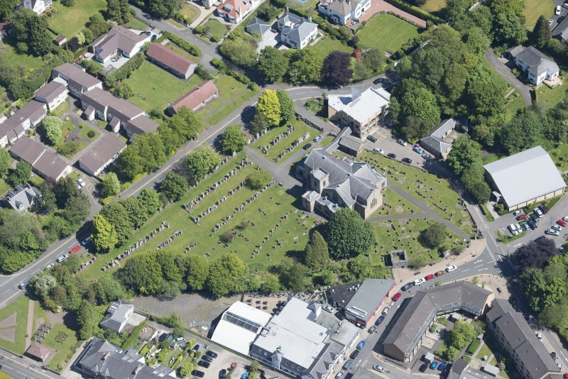 Oblique aerial view of New Kilpatrick Parish Church, looking NE.