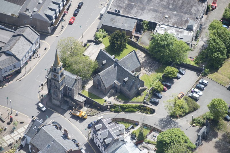 Oblique aerial view of Kirkintilloch Old Church and Town Steeple, looking ESE.