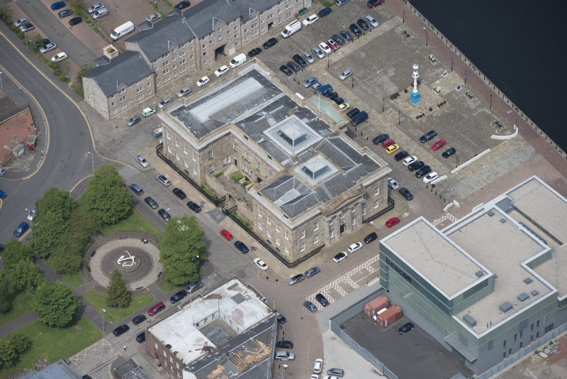 Oblique aerial view of Greenock Custom House, looking NNW.