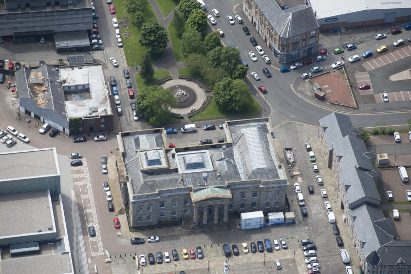 Oblique aerial view of Greenock Custom House, looking SSW.