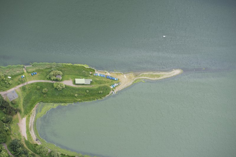 Oblique aerial view of St Margaret's Inch, Forfar Loch, looking S.