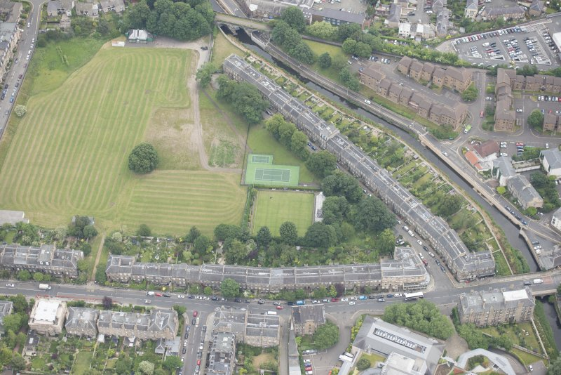 Oblique aerial view of Warriston Crescent, Inverleith Row, and 5 and 6 Inverleith Row, looking ENE.