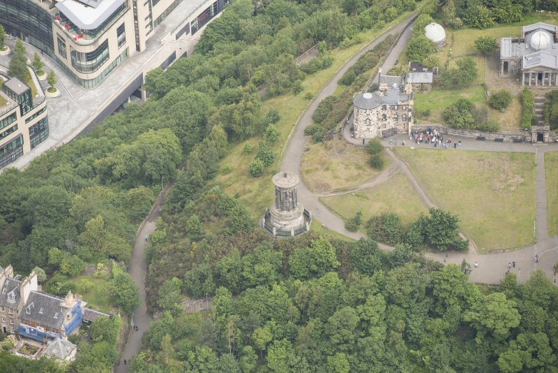 Oblique aerial view of Observatory House and Dugald's Monument, looking N.