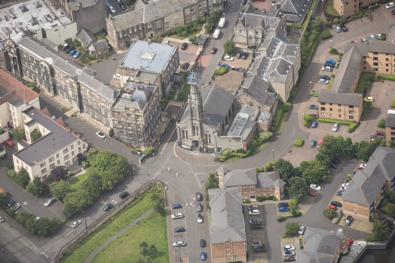 Oblique aerial view of St Thomas' Church and Leith Hospital, looking WSW.
