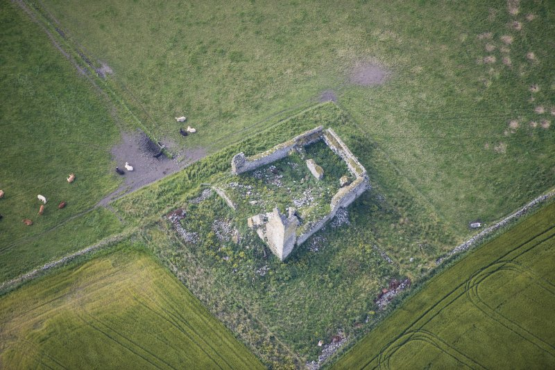 Oblique aerial view of Inverallochy Castle, looking S.