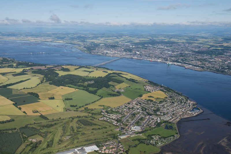 General oblique aerial view of the Tay Estuary, looking NW.