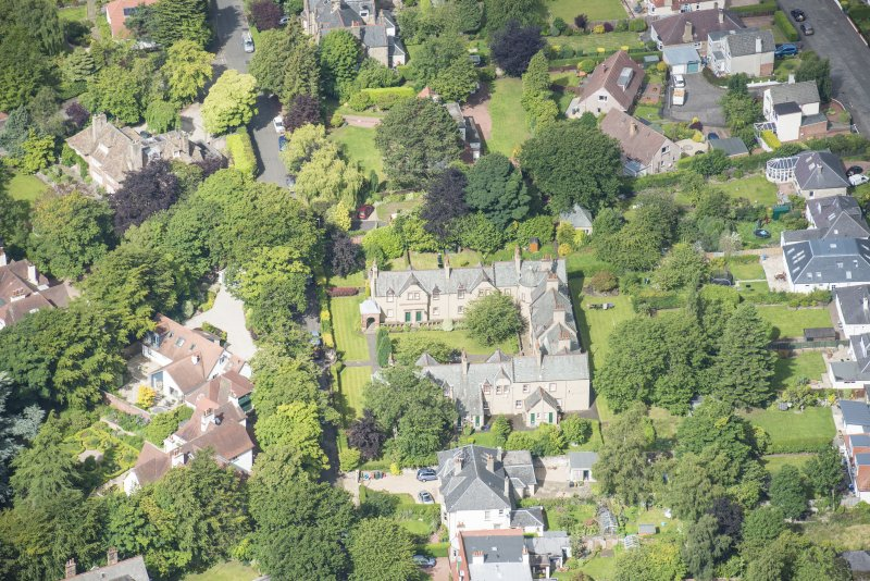 Oblique aerial view of 52 Spylaw Bank Road, looking W.