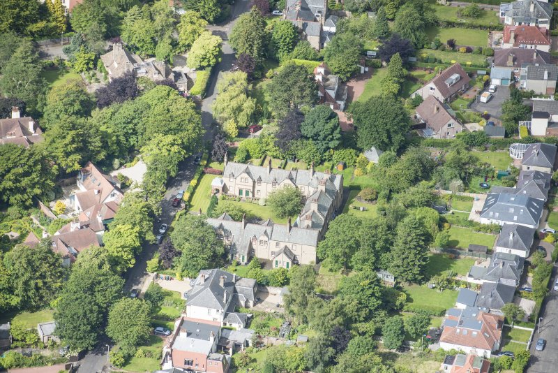 Oblique aerial view of 52 Spylaw Bank Road, looking WSW.