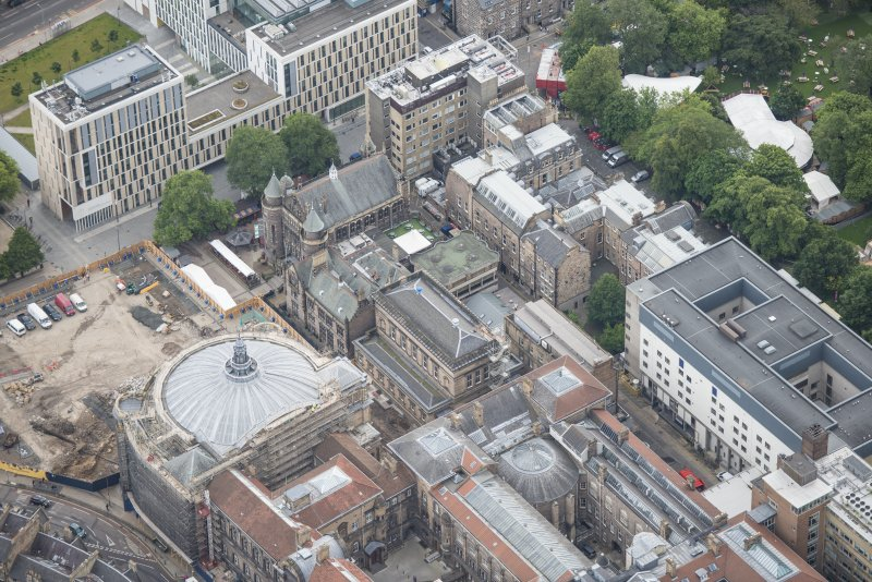 Oblique aerial view of the McEwan Hall, Unversity Student's Union, Reid School of Music and Medical School, looking SSE.