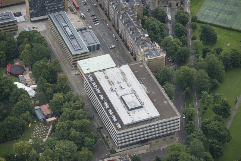 Oblique aerial view of 17-19 Buccleuch Place, Adam Ferguson Building and University of Edinburgh Library, looking E.