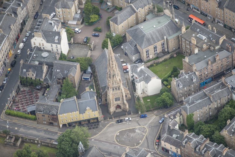 Oblique aerial view of Buccleuch and Greyfriars Free Church, looking NE.