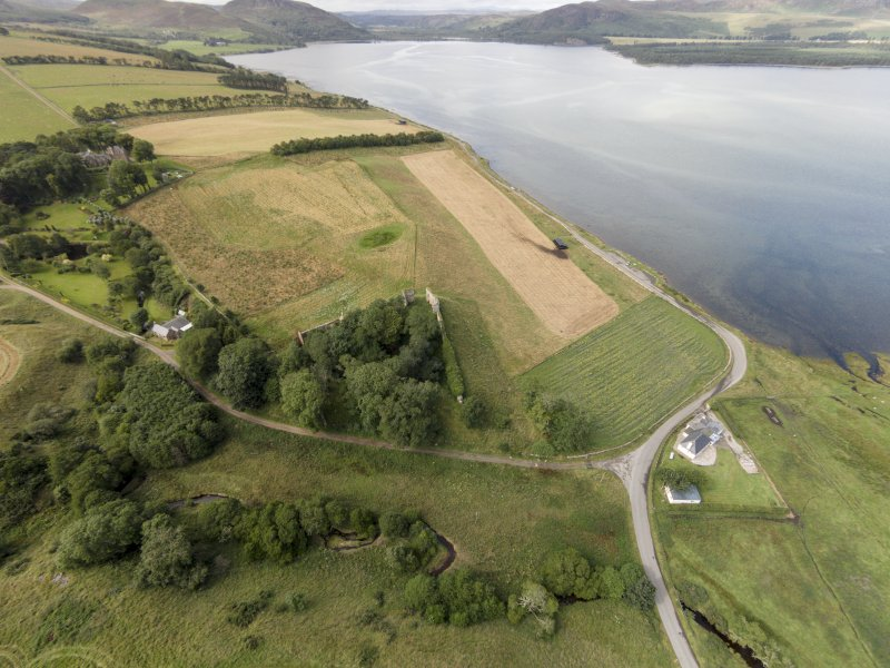 Oblique aerial view of Skelbo Castle looking WNW.