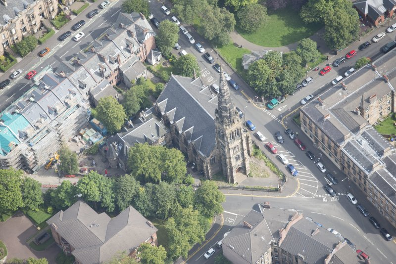 Oblique aerial view of Dowanhill Presbyterian Church and Dowanhill Presbyterian Church Hall, looking NE.