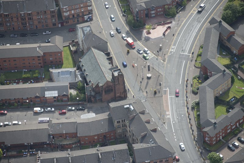 Oblique aerial view of Queen's Cross Church, looking ESE.