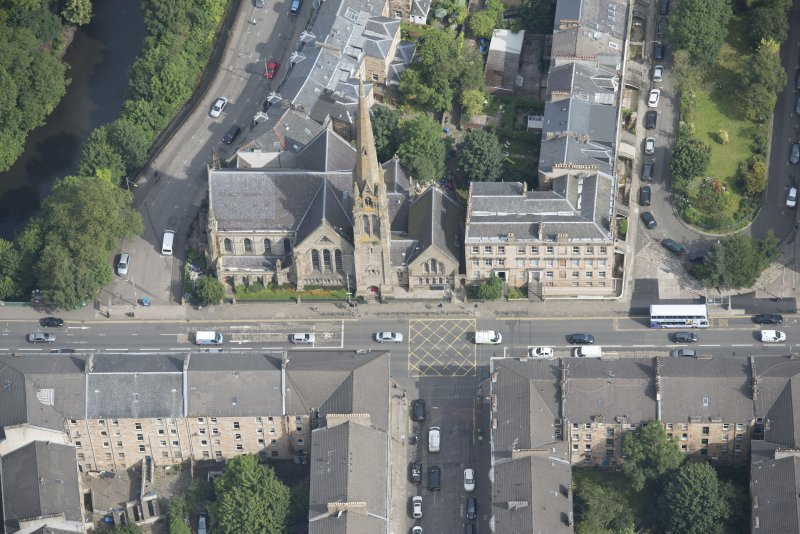 Oblique aerial view of Lansdowne United Presbyterian Church, looking NE.