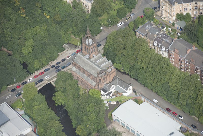 Oblique aerial view of Stevenson Memorial Free Church and Caretaker's House, looking NNW.