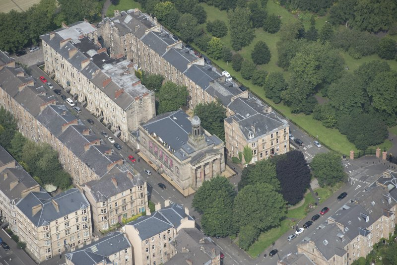 Oblique aerial view of Kelvingrove Parish Church, looking NW.